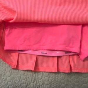 lululemon athletica Skirts - Lululemon Set the Pace Skirt with built in shorts